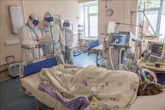 Nga cấp phép cho loại thuốc đầu tiên chống virus SARS-CoV-2...