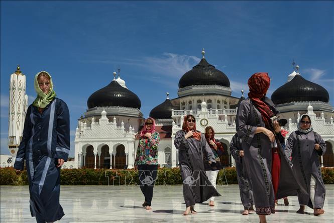 Indonesia cân nhắc mở cửa đón khách du lịch quốc tế