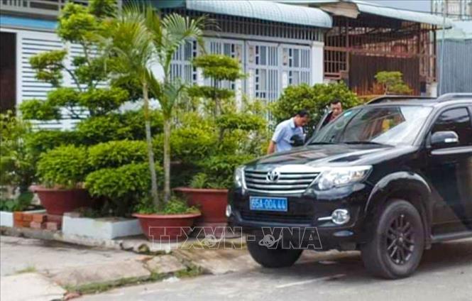 Bắt tạm giam Phó giám đốc Văn phòng đăng ký đất đai chi nhánh quận Bình Thủy, Cần Thơ