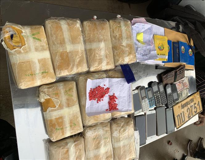 Triệt phá đường dây vận chuyển số lượng lớn ma túy vào Việt Nam