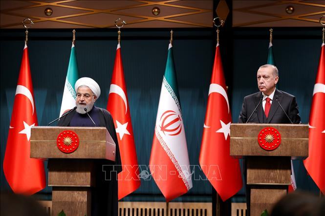 Lãnh đạo Thổ Nhĩ Kỳ và Iran điện đàm về hợp tác chống khủng bố