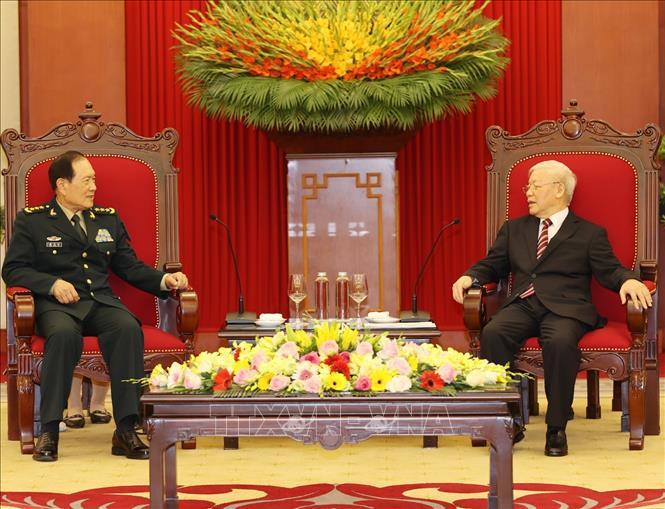 Tổng Bí thư Nguyễn Phú Trọng, Bí thư Quân ủy Trung ương tiếp Thượng tướng Ngụy Phượng Hòa, Ủy viên Quốc vụ, Bộ trưởng Bộ Quốc phòng Trung Quốc sang thăm chính thức Việt Nam. Ảnh: Trí Dũng/TTXVN