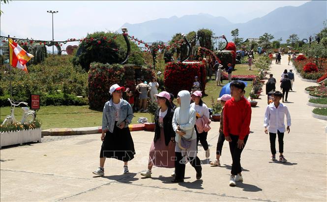 Lượng du khách đến Sa Pa (Lào Cai) giảm 40% so với dự kiến