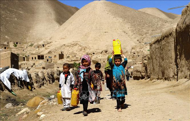 Tajikistan sẵn sàng tiếp nhận 100.000 người tị nạn Afghanistan