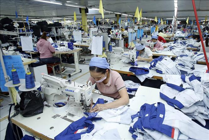 Tin Kinh tế: Hưng Yên cùng doanh nghiệp vượt khó trong bối cảnh đại dịch