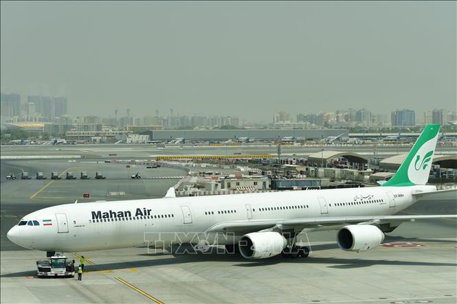 Hãng hàng không Mahan Air của Iran hủy các chuyến bay tới Paris do lệnh trừng phạt