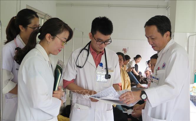 Người truyền cảm hứng cho các thầy thuốc trẻ