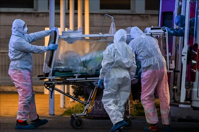 Italy phát hiện các ca bệnh viêm phổi lạ trước khi dịch COVID-19 bùng phát tại Trung Quốc