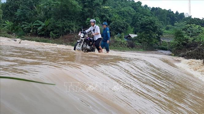 Mưa lũ gây thiệt hại về nhà ở, ngập úng nhiều tuyến giao thông tại Lào Cai
