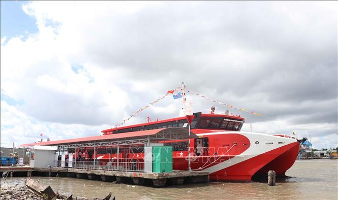 Tuyến du lịch biển đầu tiên của Cà Mau chính thức hoạt động