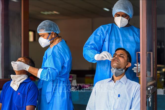 Ấn Độ, Brazil ghi nhận số ca mắc, ca tử vong cao nhất trong vòng 3 tháng