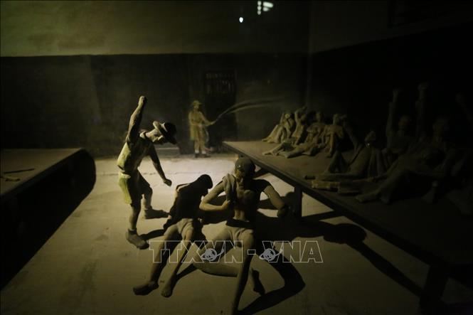 Tri ân các chiến sỹ yêu nước tại Nhà tù Hỏa Lò