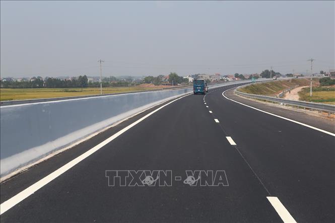 Sớm hoàn thành giải phóng mặt bằng dự án cao tốc Bắc -Nam đoạn qua Bình Thuận