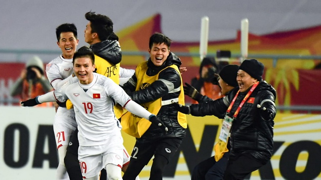 HLV Alfred Riedl: Cầu thủ Việt Nam khó thành công tại châu Âu
