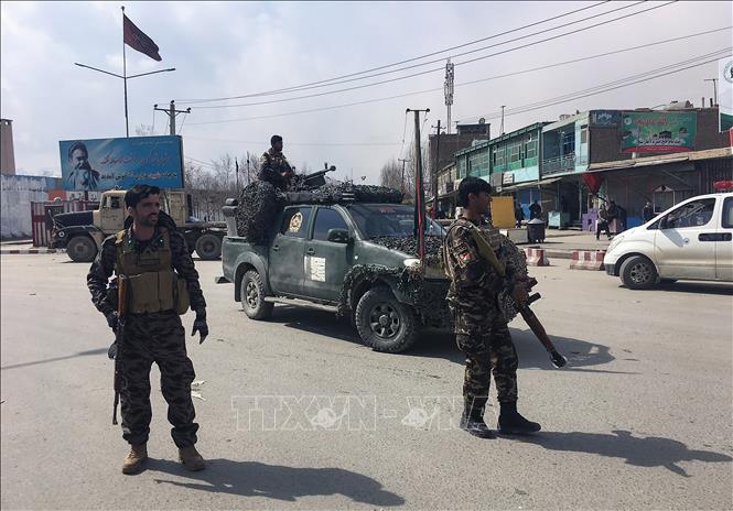 Hàng loạt vụ nổ ở thủ đô Kabul làm ít nhất 29 người Afghanistan thương vong