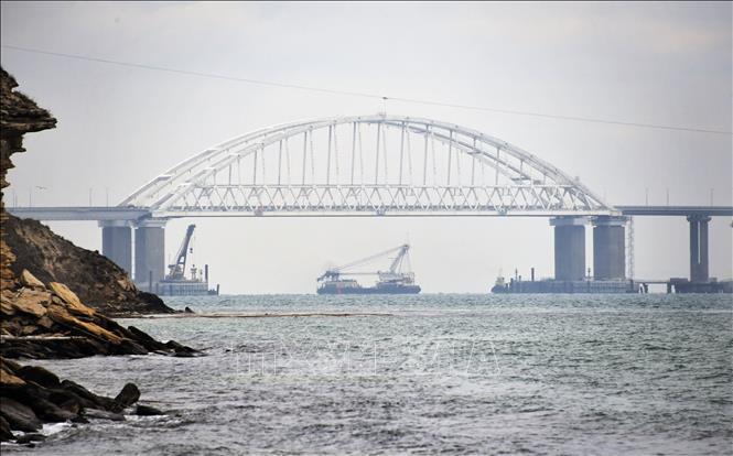 Ukraine hối thúc Nga trả tự do cho 24 thủy thủ bắt giữ gần Eo biển Kerch