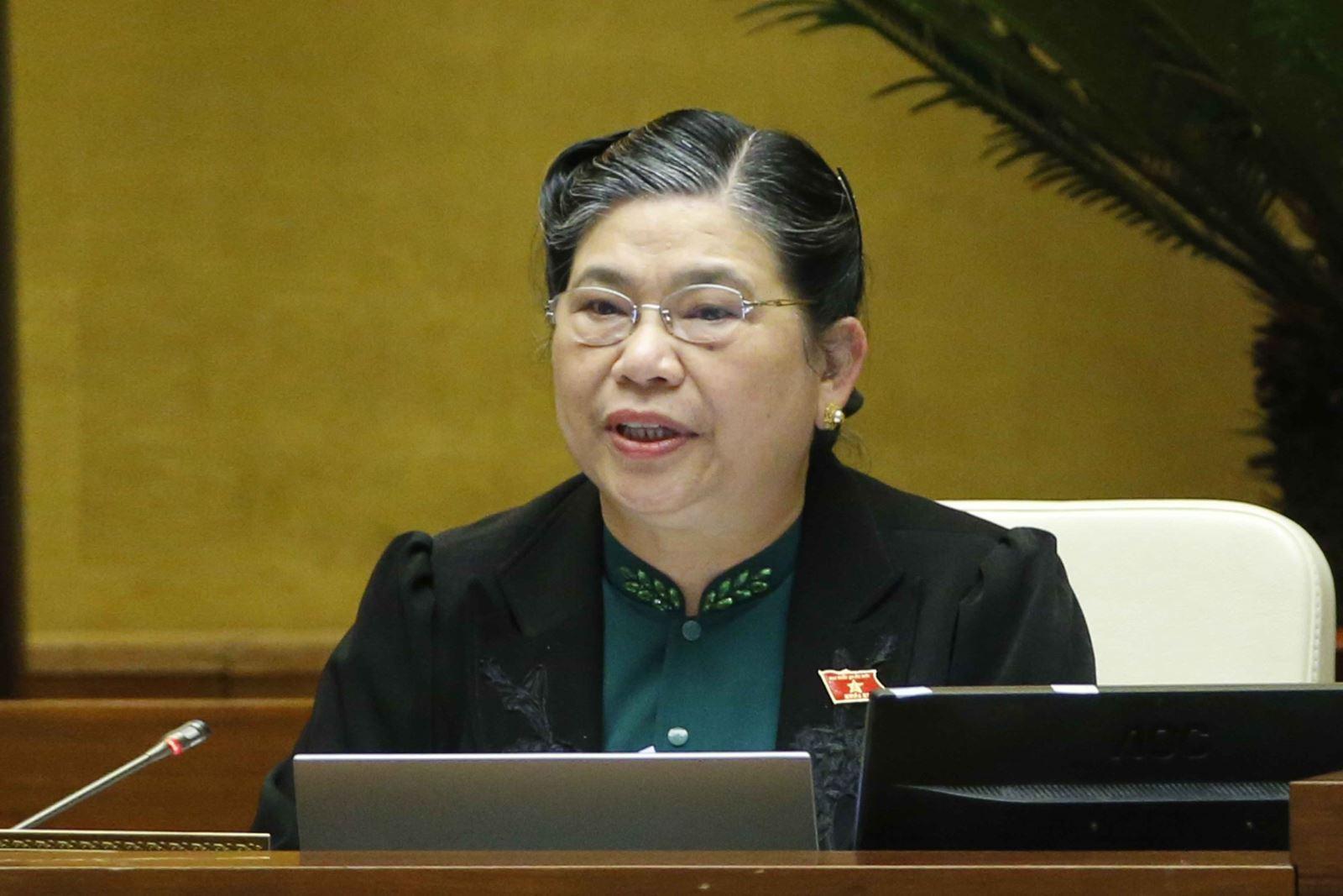Phó Chủ tịch Thường trực Quốc hội Tòng Thị Phóng điều hành phiên họp. Ảnh: Doãn Tấn/TTXVN