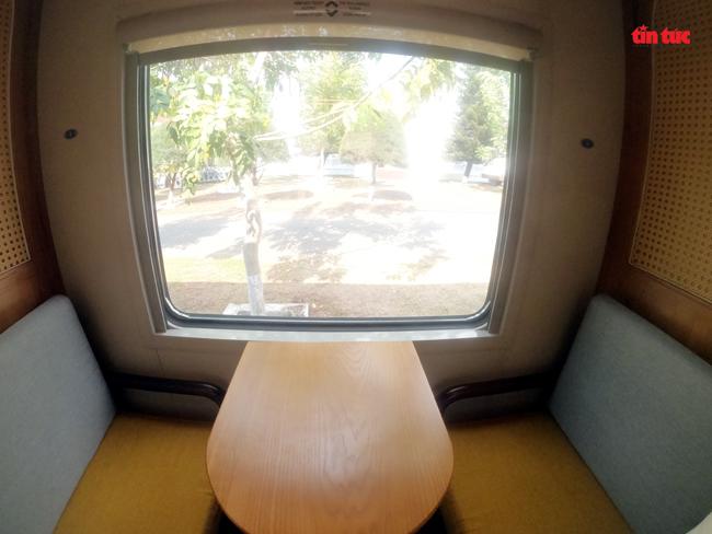 Cận cảnh toa tàu lửa có quầy bar và ghế massage thư giãn cho khách đầu tiên ở Việt Nam - ảnh 5