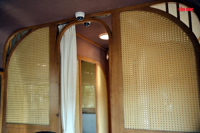 Cận cảnh toa tàu lửa có quầy bar và ghế massage thư giãn cho khách đầu tiên ở Việt Nam - ảnh 11