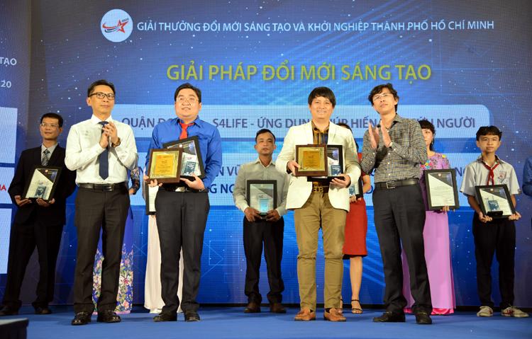 Trao giải cuộc thi Dự án đổi mới sáng tạo ứng dụng trí tuệ nhân tạo TP Hồ Chí Minh năm 2020