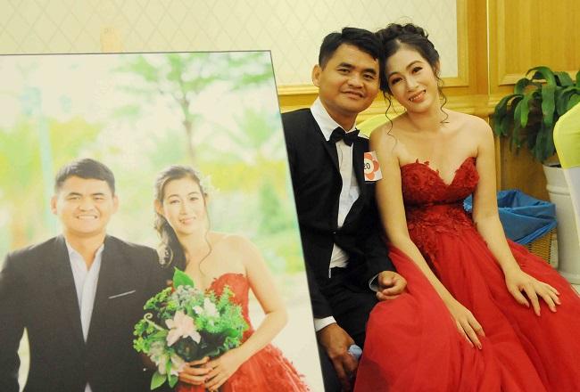 Hai vợ chồng anh Ngô Tấn Lợi và chị Nguyễn Thị Mới