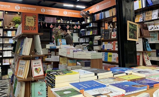 Các nhà xuất bản giảm giá sách tới 60% trong dịp hè