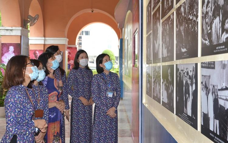 Triển lãm những hình ảnh, tư liệu phimvề Bác Hồ tại TP Hồ Chí Minh