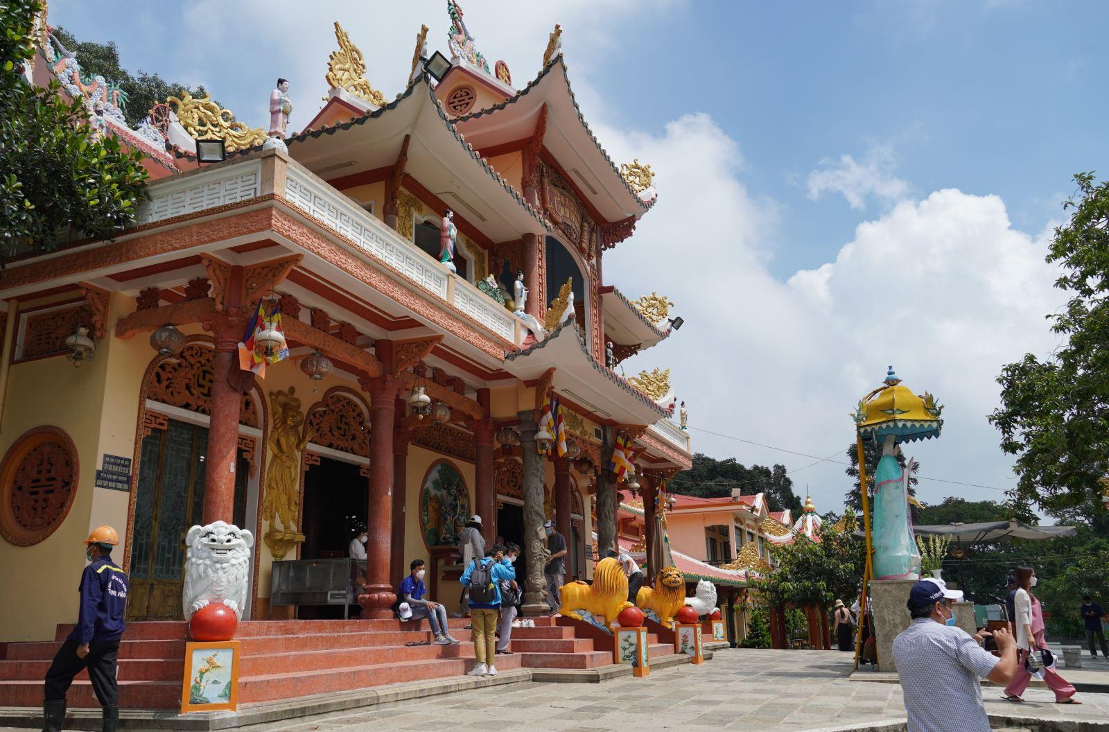 TP Hồ Chí Minh nối lại tour du lịch khép kín đến núi Bà Đen (Tây Ninh)