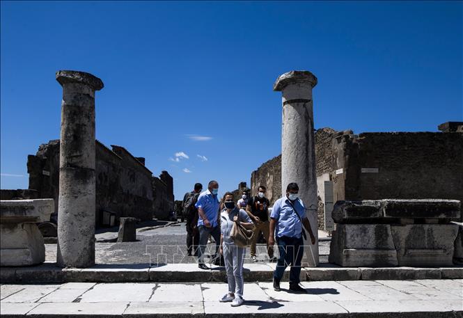 Italy mở cửa trở lại khu di tích Pompeii