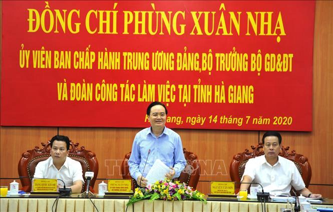 Bộ trưởng Phùng Xuân Nhạ: Hà Giang cần triển khai nghiêm...