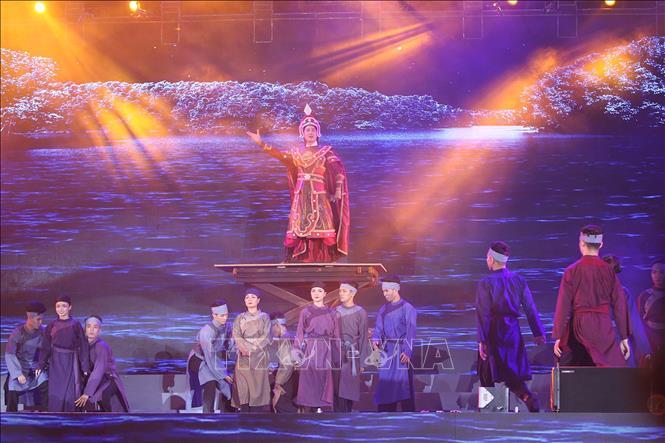 Chuỗi chương trình biểu diễn nghệ thuật kéo khán giả trở lại sân khấu