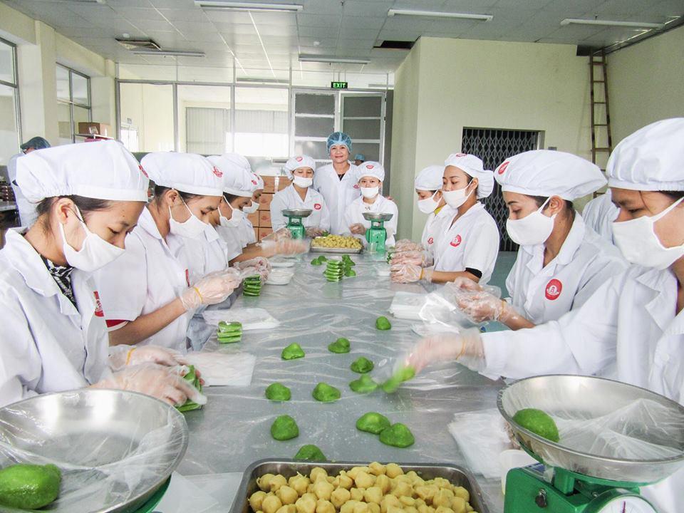 Bánh cốm Bảo Minh chinh phục khách hàng.