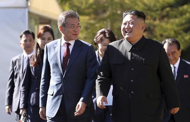 Tổng thống Hàn Quốc tới Mỹ, Chủ tịch Triều Tiên Kim Jong-un sắp thăm Nga